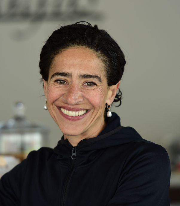 Ayşe Demirkol Turan, Magus Kafe işleticisi
